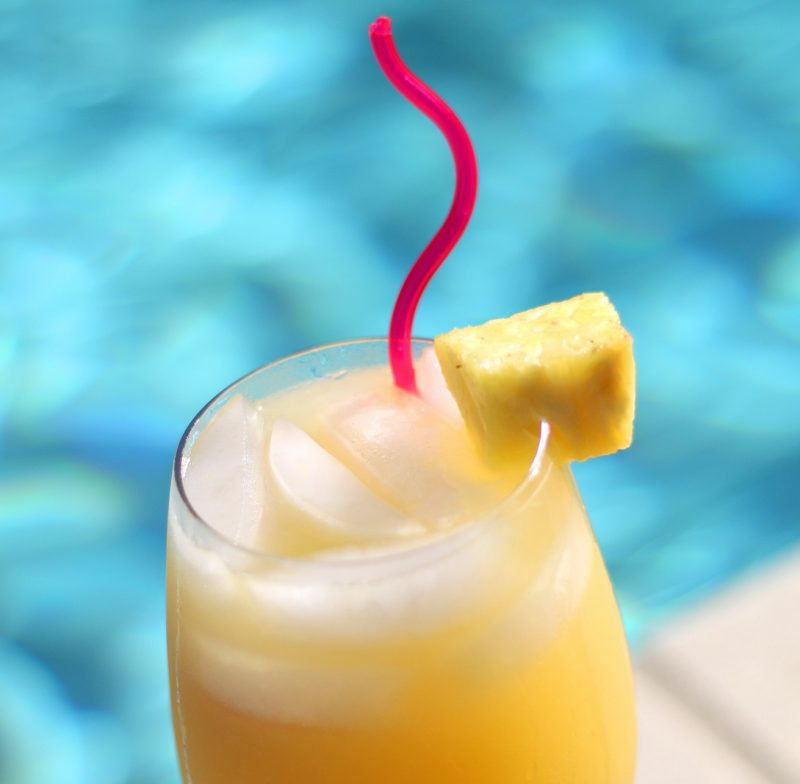 Pineapple Juice Cocktail recipies that are easy to mix